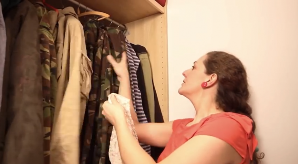 Perfect Girlfriend for Airsofter  9 qualities she must have  - YouTube (2)